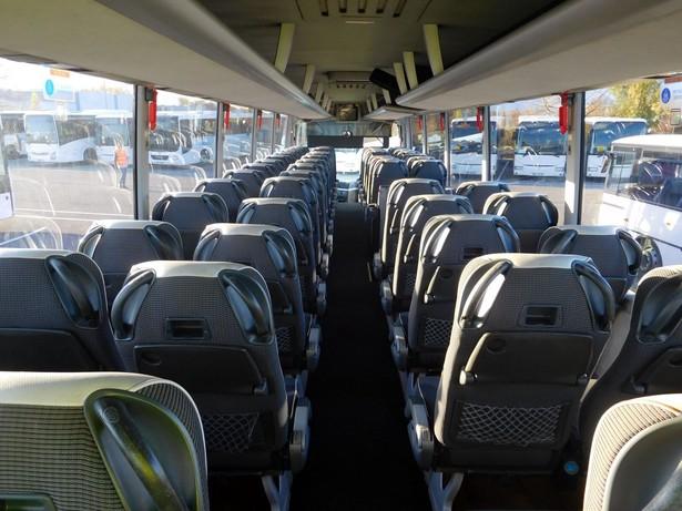 2011-man-coach-19751447
