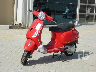 2020-piaggio-vespa-vxl-150-460319-equipment-cover-image