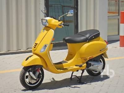 2020-piaggio-vespa-sxl-150-460403-equipment-cover-image
