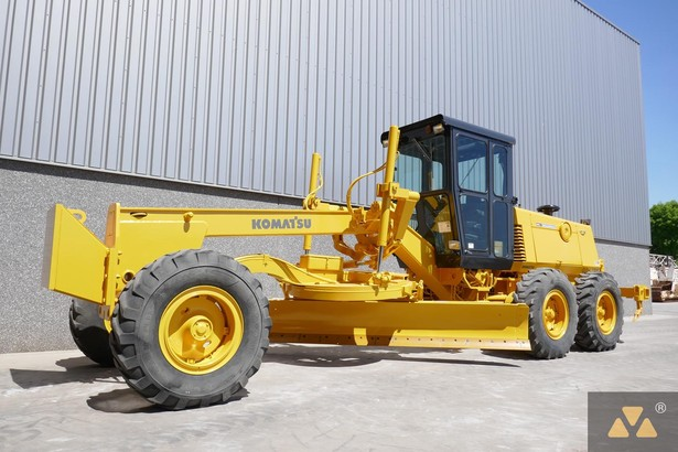 1991-komatsu-gd530a-1-460745-equipment-cover-image