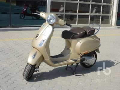 2020-piaggio-vespa-vxl-150-460323-equipment-cover-image