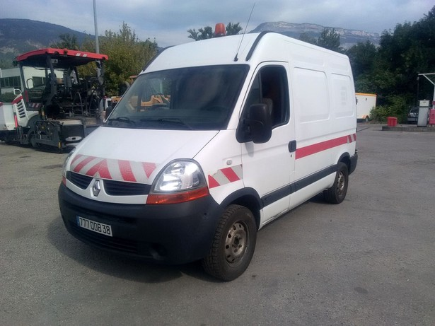 2008-renault-master-460886-equipment-cover-image