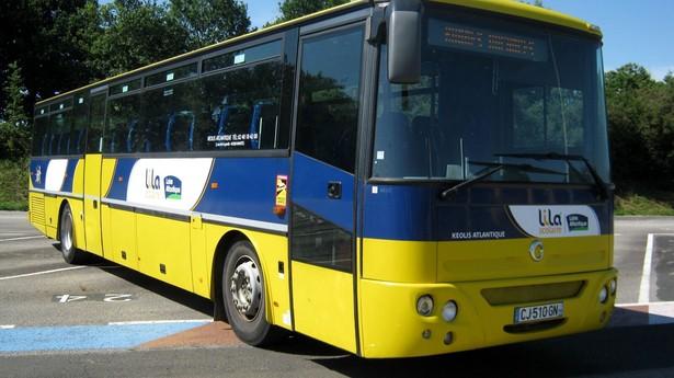 2004-irisbus-axer-460884-equipment-cover-image