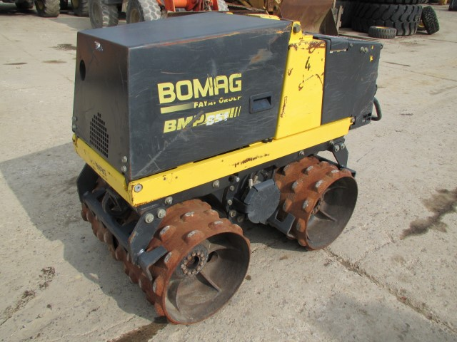 2008-bomag-bmp-851-equipment-cover-image