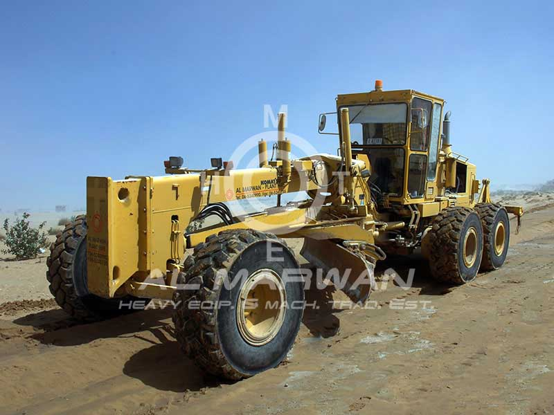 2009-komatsu-gd705a-4-equipment-cover-image