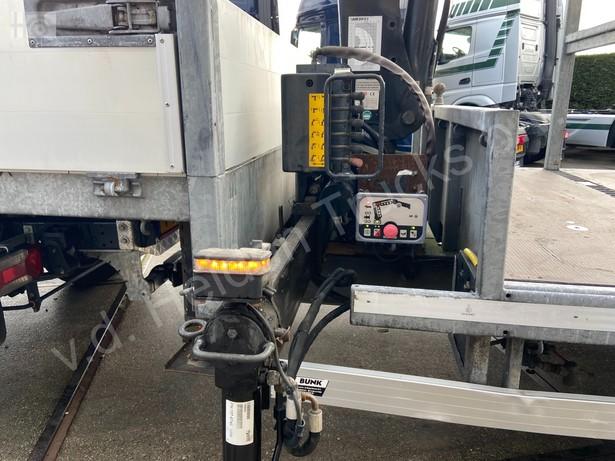 2018-iveco-40c18-bunk-met-hiab-37-254km-16081189