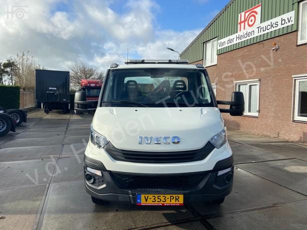 2018-iveco-40c18-bunk-met-hiab-37-254km-16081172