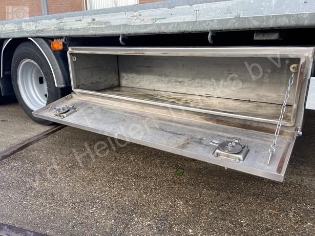 2018-iveco-40c18-bunk-met-hiab-37-254km-16081199