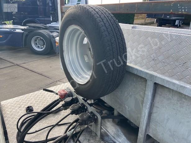 2018-iveco-40c18-bunk-met-hiab-37-254km-16081179