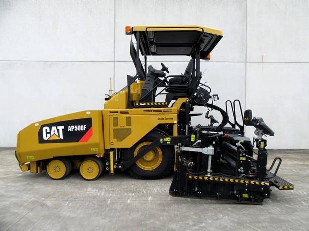 2017-caterpillar-ap500f-82370-7846258