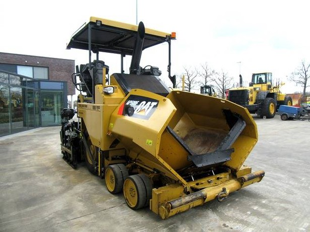 2017-caterpillar-ap500f-82370-7846254