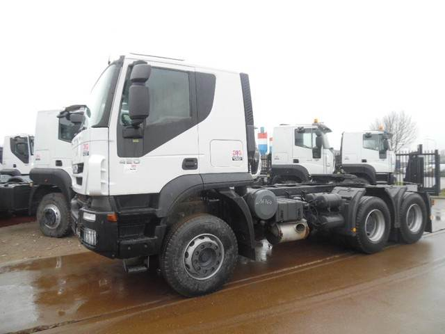 2012-iveco-420-cover-image
