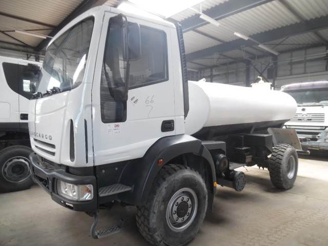 2018-iveco-eurocargo-4x4-water-tank-cover-image