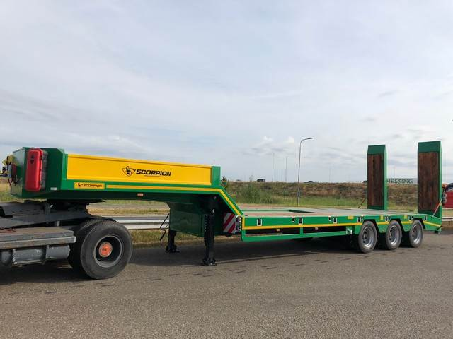 2018-other-scorpion-54-ton-triple-axle-semi-lowboy-cover-image