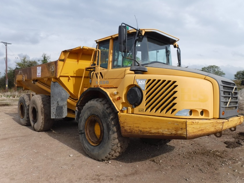 2004-volvo-a25d-16865-cover-image