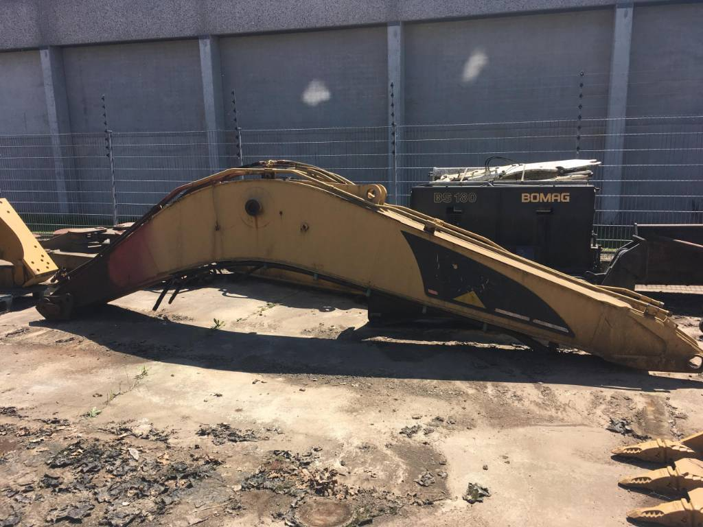 2019-caterpillar-320c-boom-cover-image
