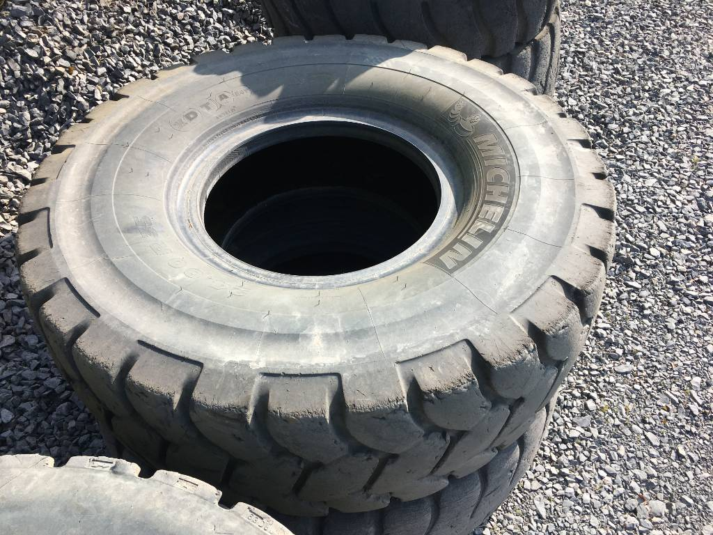 tyres-michelin-used-362252-equipment-cover-image