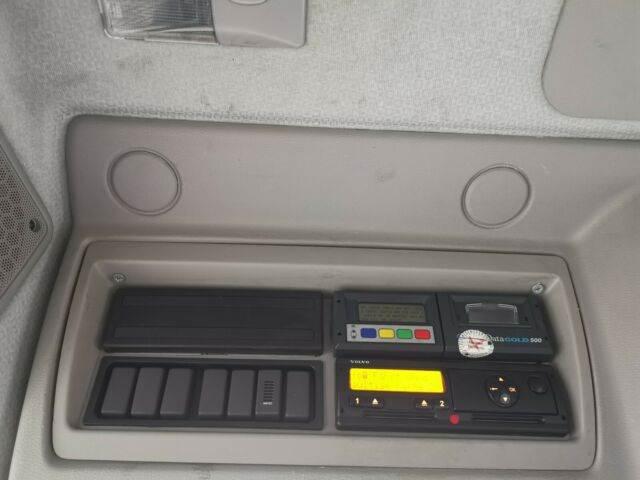 2011-volvo-fl-240-111043-13078073