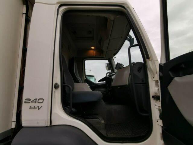 2011-volvo-fl-240-111043-13078067