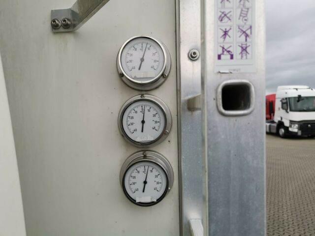 2011-volvo-fl-240-111043-13078065