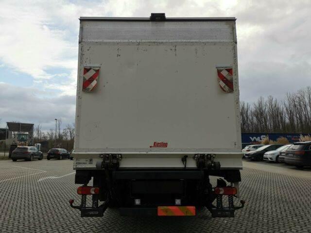 2011-volvo-fl-240-111043-13078055