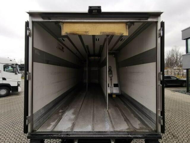 2011-volvo-fl-240-111043-13078061