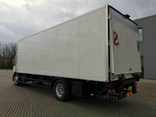 2011-volvo-fl-240-111043-13078056