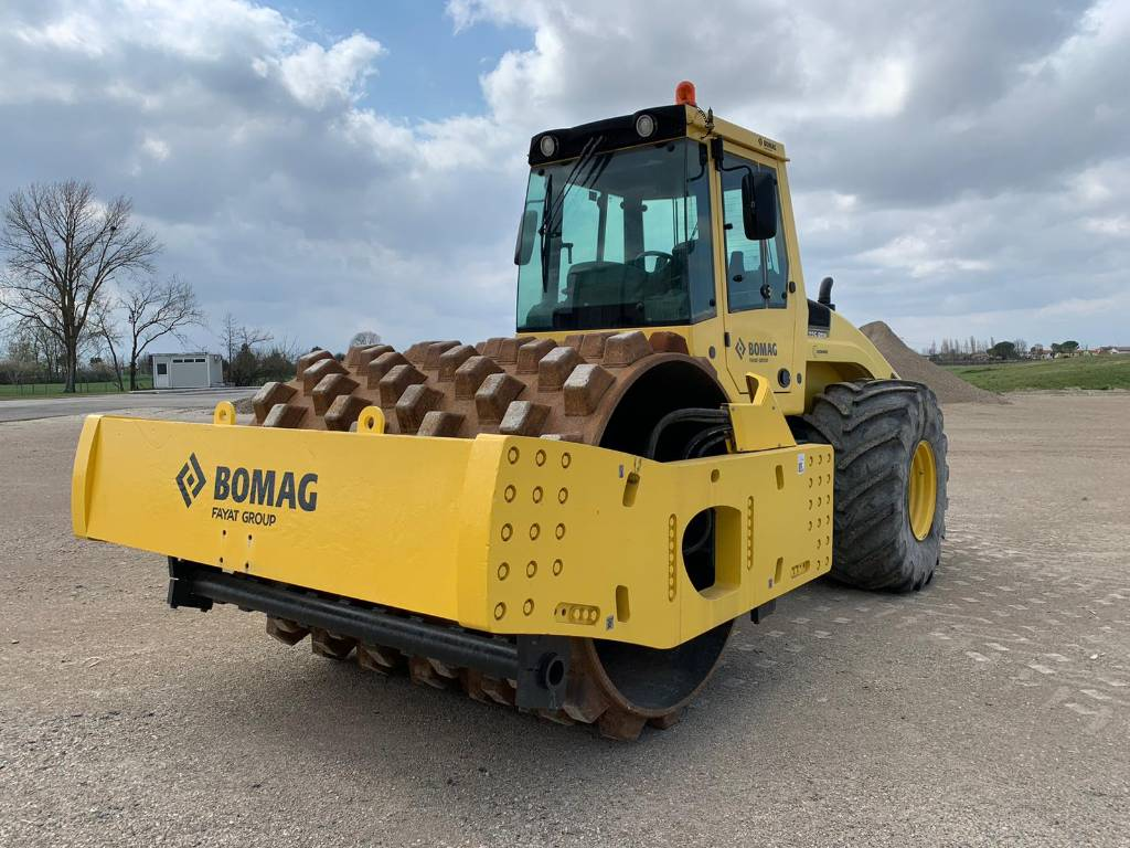 2015-bomag-bw226-pdh-4-368841-equipment-cover-image