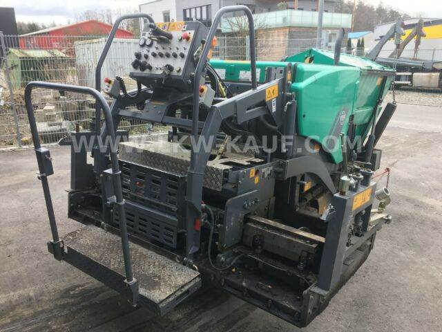 2012-vogele-super-800-14387756