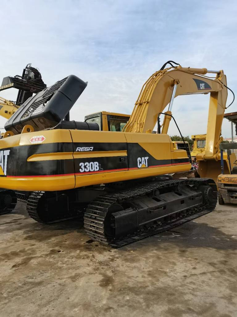 2017-caterpillar-330bl-392293-equipment-cover-image