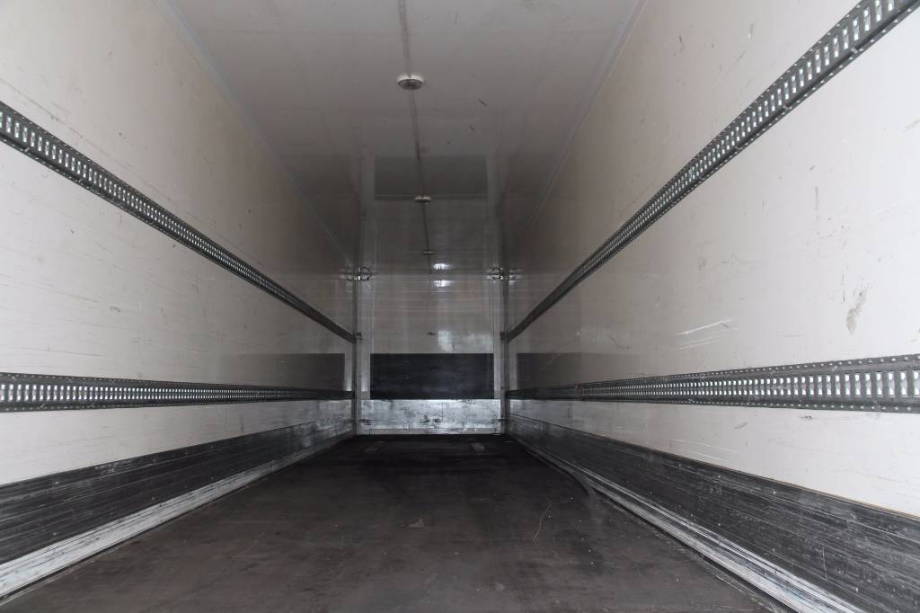 wielton-semi-trailer-ns34-koffer-container-10-units-cover-image