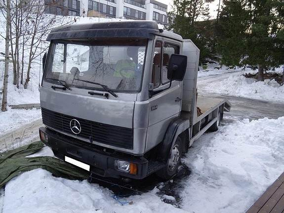 1984-mercedes-benz-814-cover-image