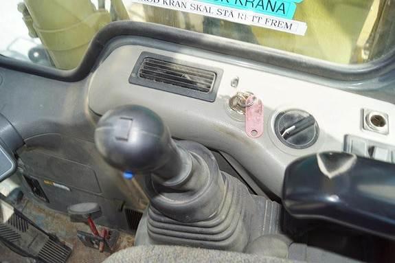 1995-komatsu-pw130-6-70185