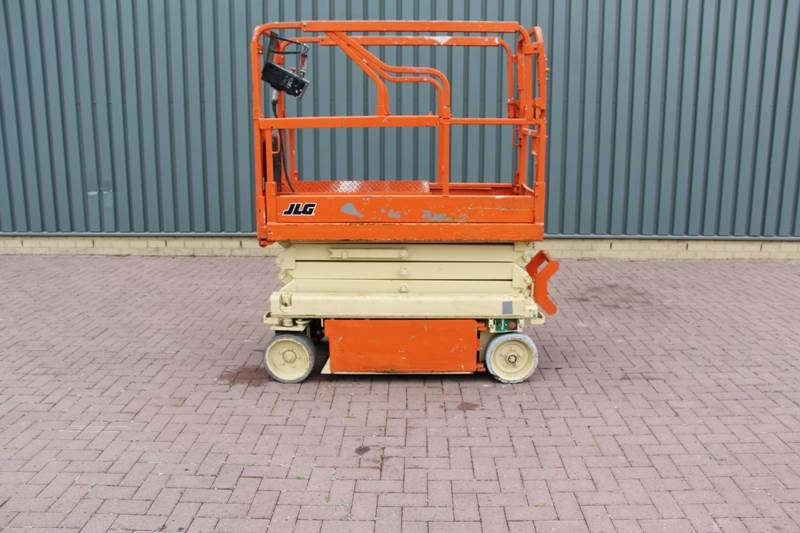 2000-jlg-1932-e2-electric-7-8-m-working-height-cover-image