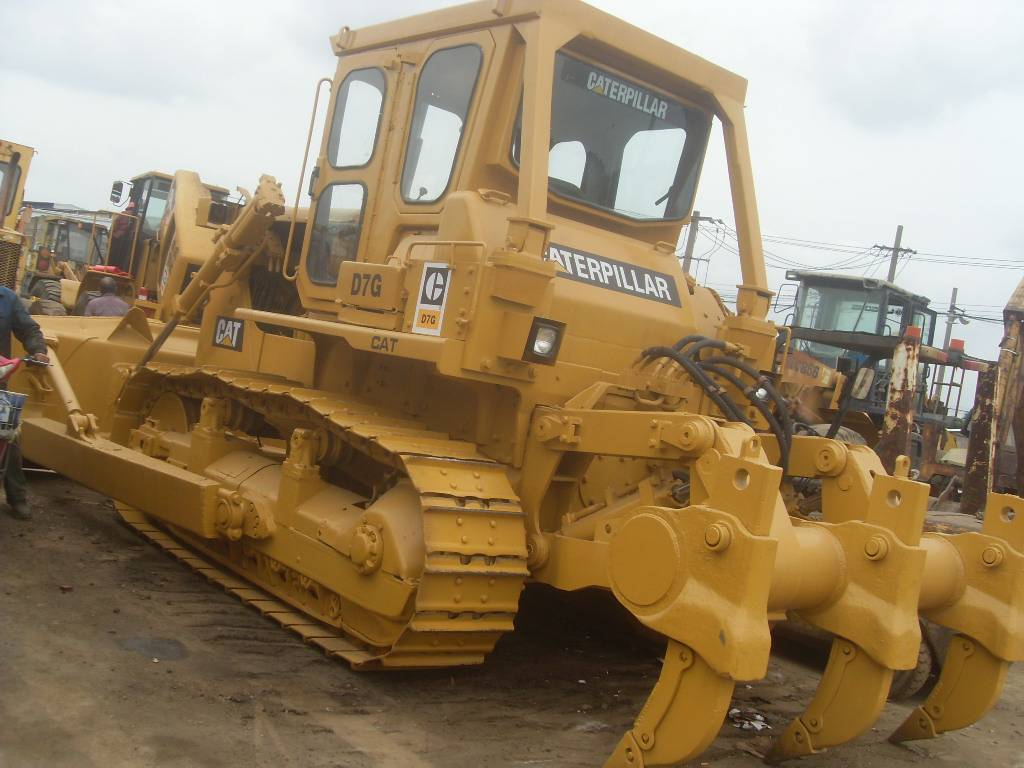 2015-caterpillar-d7g-445326-equipment-cover-image
