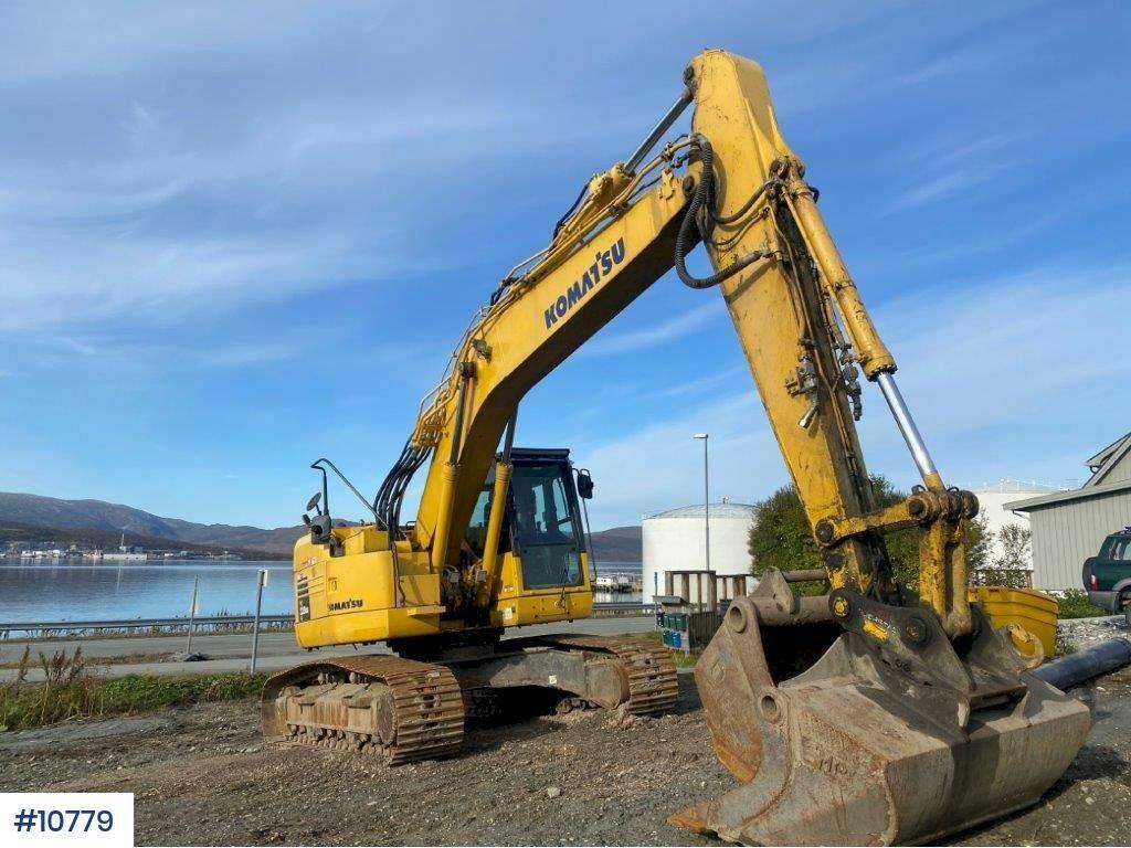 2013-komatsu-pc228lc-8-short-hedge-excavator-equipment-cover-image