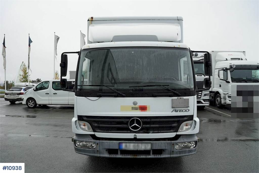 2006-mercedes-benz-815-459956-19747759