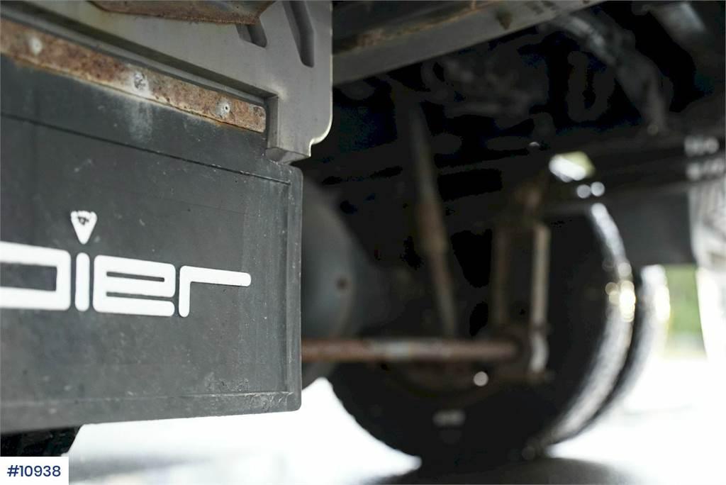 2006-mercedes-benz-815-459956-19747770