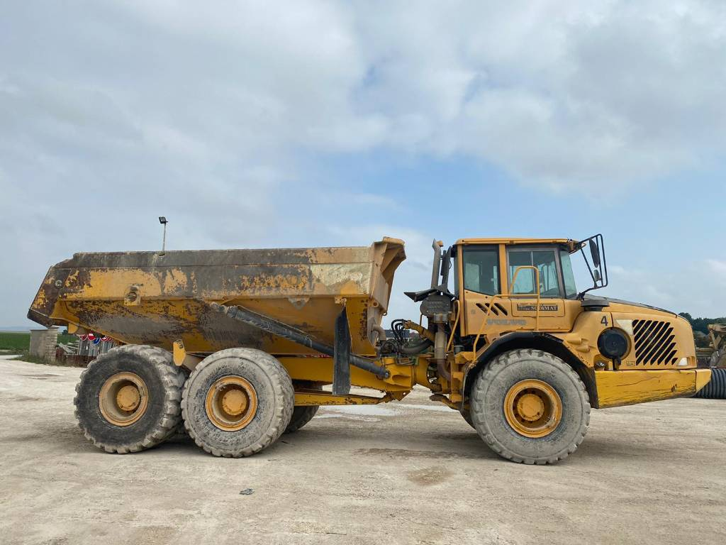 2004-volvo-a30d-459976-equipment-cover-image