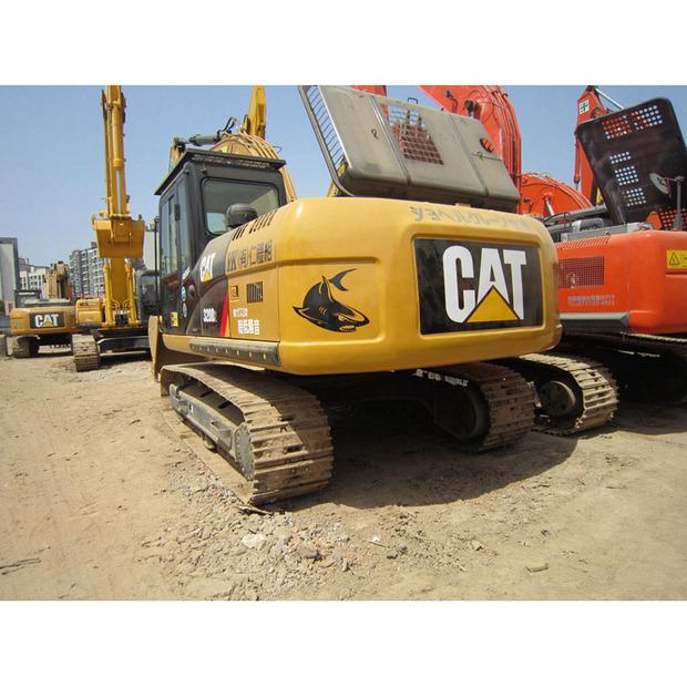 2015-caterpillar-320d-1009038