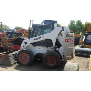 2015-bobcat-s300-cover-image