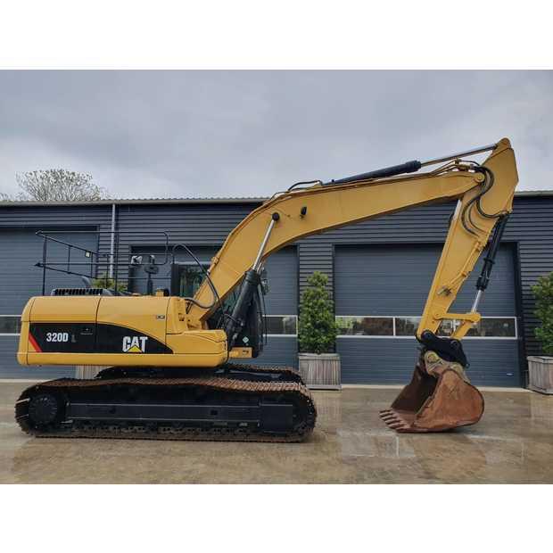 2011-caterpillar-320d-113040-13407597