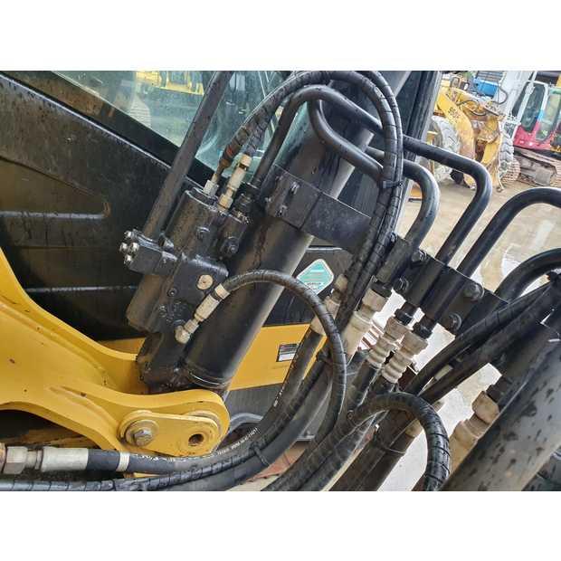 2011-caterpillar-320d-113040-13407600