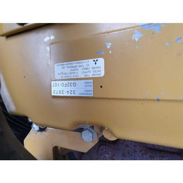 2011-caterpillar-320d-113040-13407605