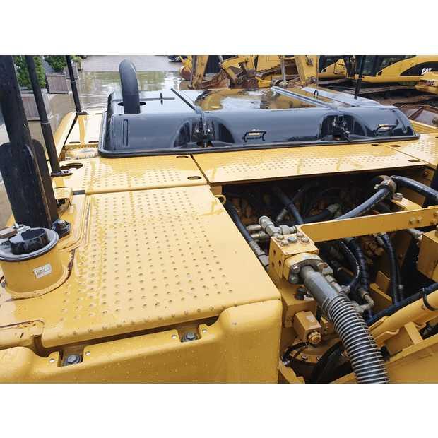 2011-caterpillar-320d-113040-13407608
