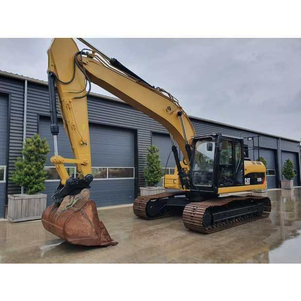 2011-caterpillar-320d-113040-13407619