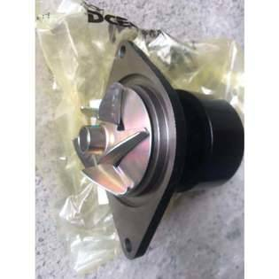 water-pump-cummins-new-part-no-cummins-genuine-parts-water-pump-4935793-cover-image