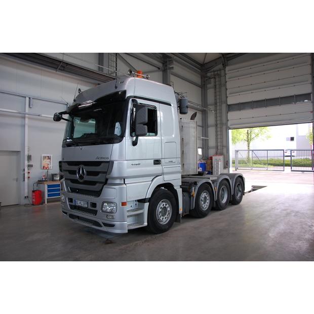 2013-mercedes-benz-4160-slt-115576-13573557