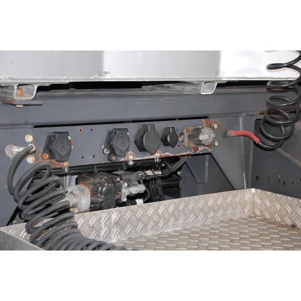2013-mercedes-benz-4160-slt-115576-13573562