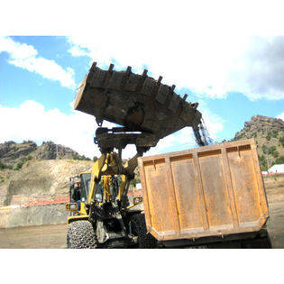 new-komatsu-high-dumping-bucket-15181523